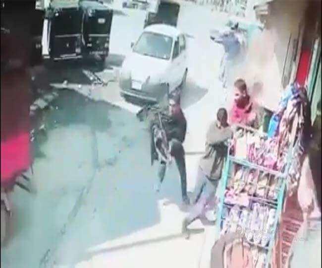 श्रीनगर में पुलिस पर आतंकी हमला, फायरिंग की