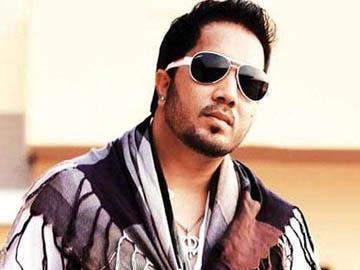 Happy Birtdhay Mika Singh : फिल्म को हिट करने के लिए मीका का एक गाना ही काफी है