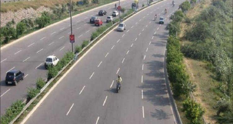जालंधर से हाईवे के रास्ते चंडीगढ़ से भी लोग आ-जा नहीं सकते