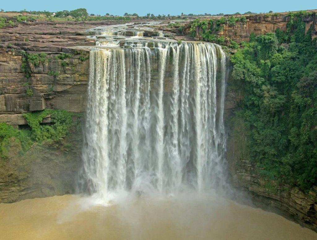 waterfall-in-mp