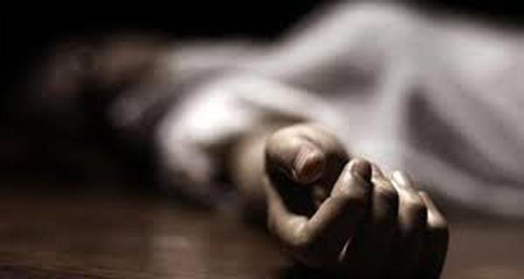 महिला की मौत, बेटे विदेश और पति मुंबई में फंसा, पुलिस करवाएगी संस्कार