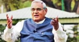 1999 में तीसरी बार भारत के प्रधानमंत्री बने अटल बिहारी वाजपेयी, जानिए आज का इतिहास