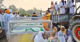 लखीमपुर खीरी में जहां हिंसा हुई वहां बनेगा स्मारक, किसानों की मूर्ति लगाकर पत्थरों पर लिखी जायेगी जुल्म की गाथा