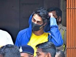 शाहरुख़ खान के बेटे आर्यन को नहीं मिली बेल, अब 20 अक्टूबर को सुनवाई