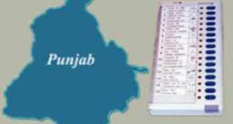चुनाव आयोग ने गृह जिलों में तैनात अधिकारियों के तबादले के दिए आदेश