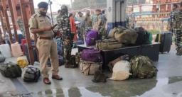 सीआरपीएफ स्पेशल ट्रेन में हुए धमाके में 4 जवान घायल, जवान के हाथ से डेटोनेटर से भरा बॉक्स छुटने पर हुआ हादसा
