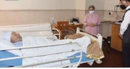 अस्पताल के बेड पर लेटे पिता डॉ. मनमोहन सिंह की तस्वीर पब्लिक होने पर भड़की बेटी, हेल्थ मिनिस्टर को कही ये बात