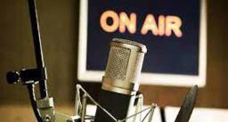 मुंबई और कोलकाता से शुरू हुआ रेडियो प्रसारण