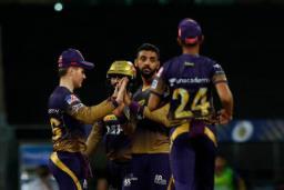 RR ने KKR को 6 विकेट से हराया
