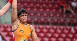वर्ल्ड कैडेट कुश्ती चैंपियनशिप में प्रिया मलिक ने जीता गोल्ड, खेल मंत्री ने दी बधाई