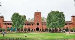 दिल्ली यूनिवर्सिटी में पीजी, पीएचडी और एम फिल में दाखिले के लिए रजिस्ट्रेशन शुरू