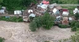 जम्मू-कश्मीर में बादल फटने से पांच की मौत, 40 से ज्यादा लोग लापता